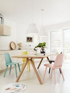 Pastel-Scandinavian-Dining-Room