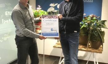 Stichting Waterpas reikt partnership certificaat uit